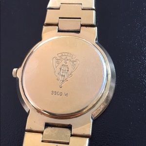 18K Gold Plated Men's Gucci Watch